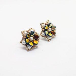 Gold shiny flowers blooming stud earrings