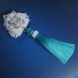 White lily brooch